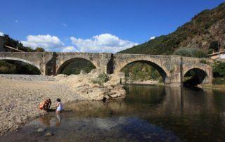 Pont de Labeaume : Pont sur l'Ardèche