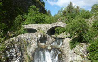 Jaujac : le pont romain