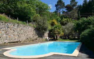 Chambre d'hôtes Le Mellerey - Vue piscine 2