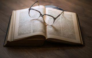 Bibliothèque, conférence, littérature ©pixabay.com