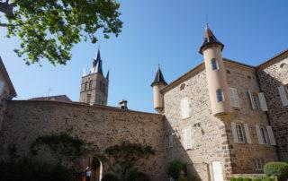Thueyts - Cour intérieure du château de Blou 2©Maëva-Lopez