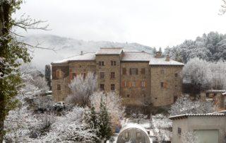 Jaujac - Le château de Castrevieille en hiver ©S.BUGNON