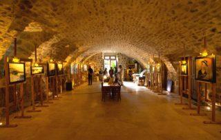 Meyras - Exposition au Château de Hautsegur ©S.BUGNON