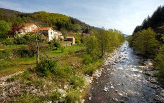 Barnas - L'Ardèche à Barnas ©S.BUGNON