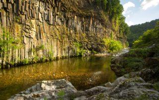 Fabras - Orgues basaltiques dans la vallée du Lignon-3 ©S.BUGNON